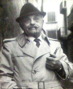 Enguany es compleix el centenari del naixement de Josep M. Palau i Camps (Barcelona, 1914 – Palma, 1996). Poeta, novel·lista i dramaturg, a més de naturalista, entomòleg i gestor turístic, va dedicar part de la seva producció literària a la novel·la policíaca.