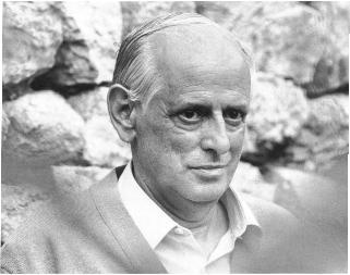 """Edicions de 1984 acaba de publicar la poesia completa de Blai Bonet (Santanyí 1926-1997), en edició crítica a cura de Nicolau Dols i Gabriel S.T. Sampol. El passat mes d'abril es publicaven també dos dels seus dietaris """"Els ulls"""" i """"La mirada"""" (El Gall editor)."""