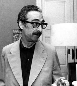 """Enguany es compleixen els 25 anys de la mort de Manuel de Pedrolo (l'Aranyó –La Segarra– , 1918 – Barcelona, 1990), un escriptor amb un volum d'obres que impressiona i que va conrear tots el gèneres literaris. L'obra seva novel•la més coneguda és """"Mecanoscrit del segon origen""""."""